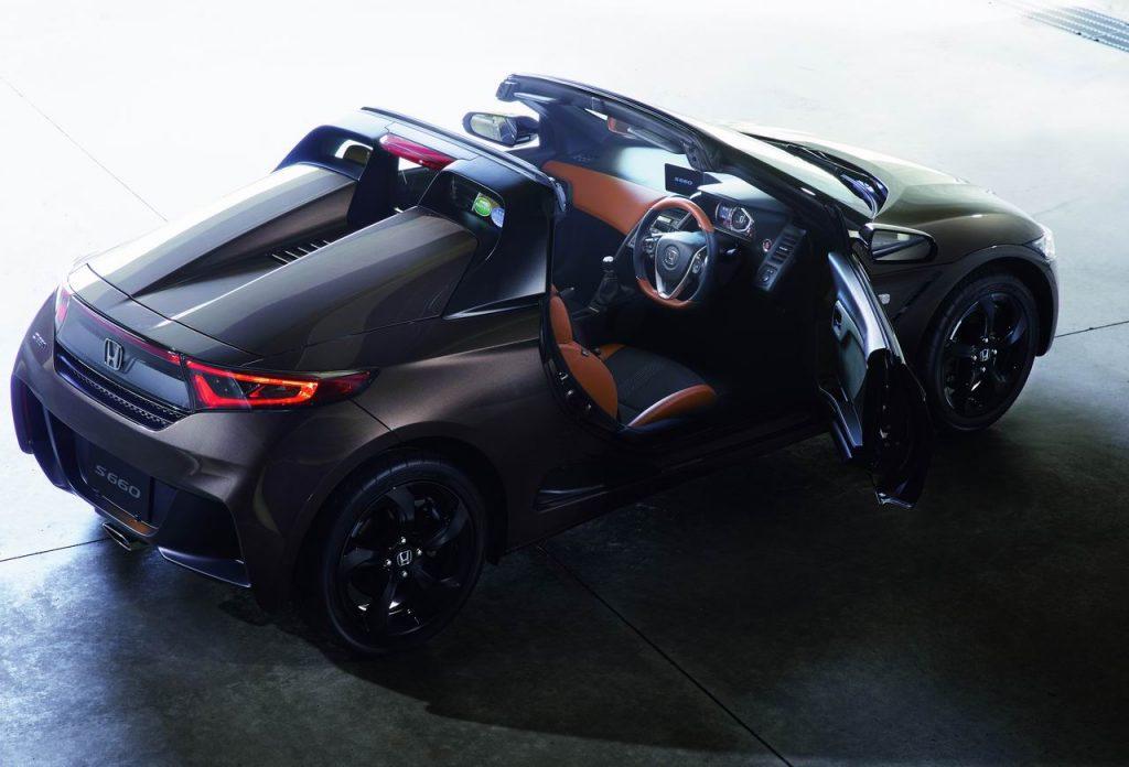 ホンダのミッドシップ軽「S660」に期間限定の特別仕様車が登場