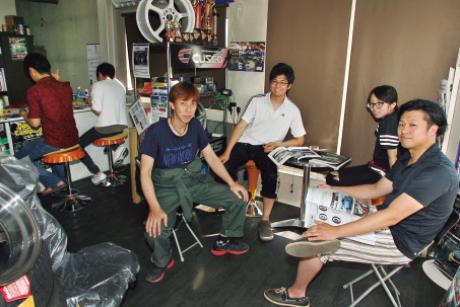 BooBoo MOTOR WORLD:花崎代表によるドライビング講習&座談会や人生相談(!?)