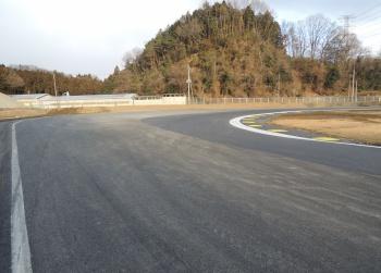 日光サーキットコース改修 10コーナーが32Rに
