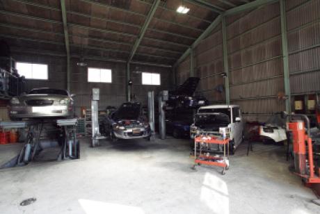 AUTO GARAGE M