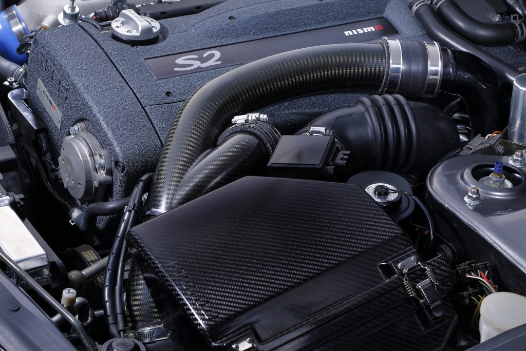 13-01_18002_Carbon Air Inlet Pipe_14460RRR25_BNR32