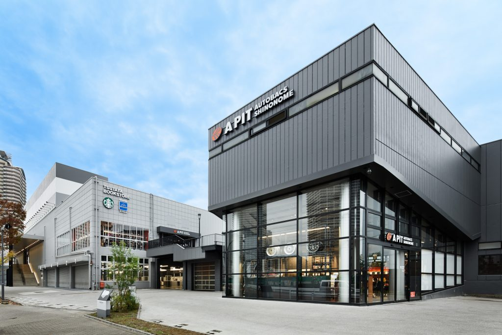 オートバックスセブン直営旗艦店「APIT AUTOBACS SHINONOME」がメカニックを募集中 - APIT_001