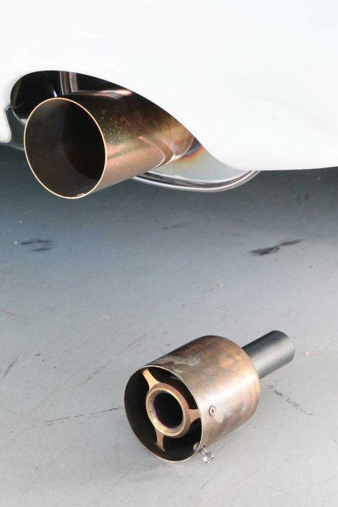オートガレージMのハイチューンドS2000用スナイパーマフラーにジェントルサウンドのバージョン2がデビュー! - BV9R1267