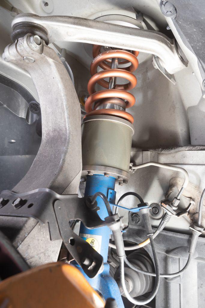 サーキット対応のR35用の油圧車高コントロール! Jura Tec  パワーシリンダーシステム/R35ブリスターフェンダー - ph25