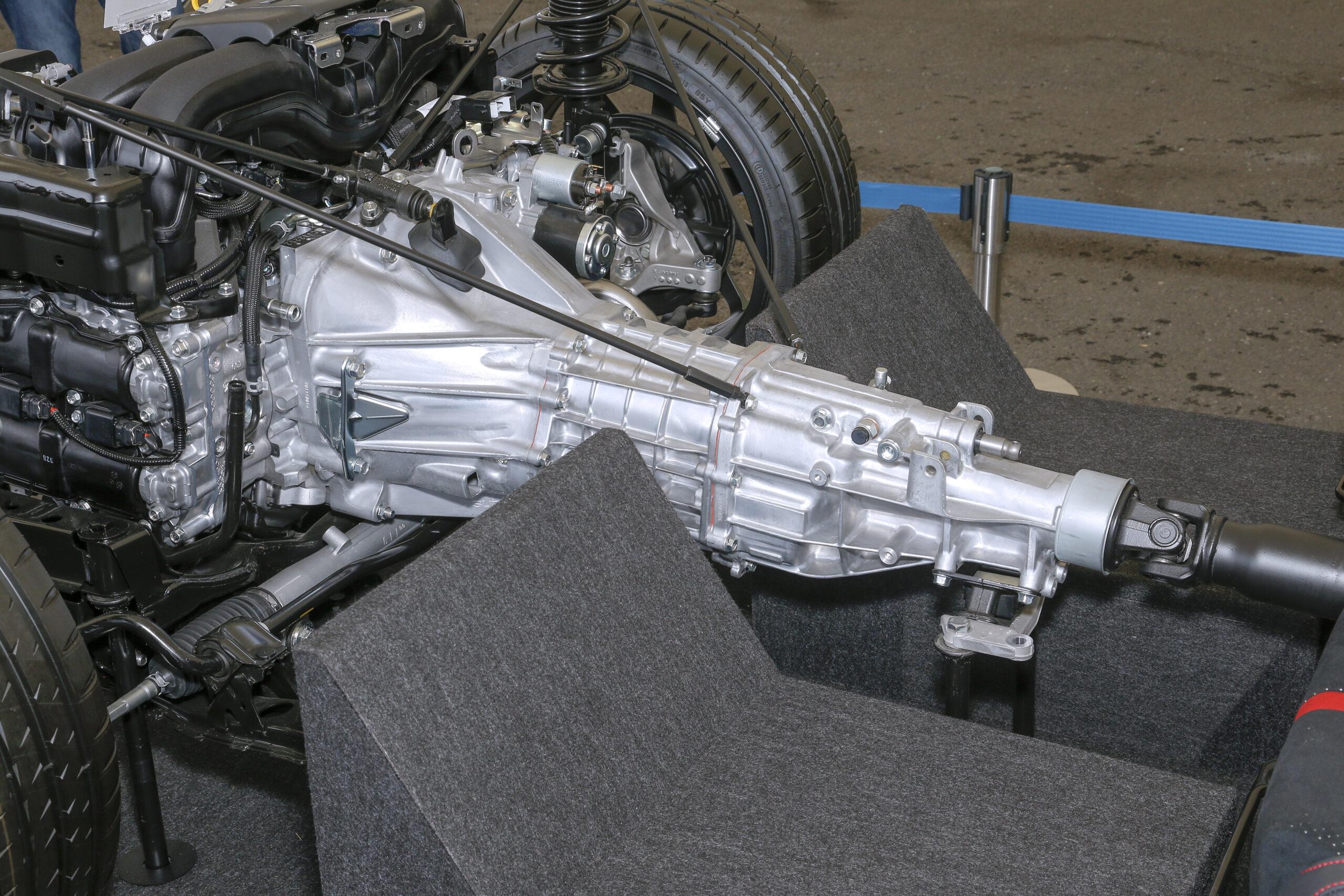 新型GR86/BRZのミッションやデフ(トルセンL.S.D.)は変わったのか?開発陣に聞いてみた